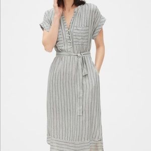 Gap striped roll sleeve shirt dress size small